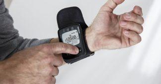 Tensiomètre Omron RS6 - Mesure au poignet