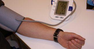 Quand et comment prendre sa tension artérielle ?